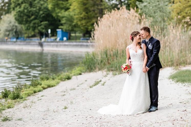 Trauung-Haus-am-See-Fischbach-Hochzeitsfotograf-Friedrichshafen-K42-4